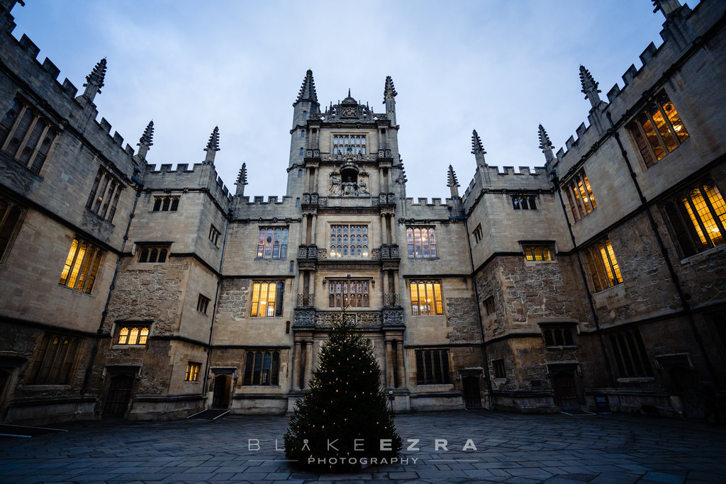 Courtyard of Bodelian Libraries in Oxford at Christmas