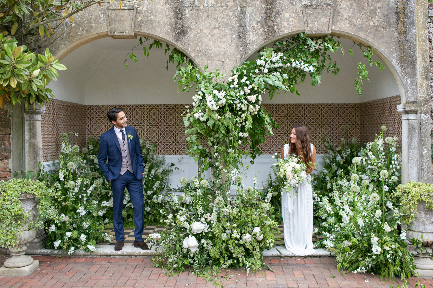Luxury Garden Wedding in Hampshire